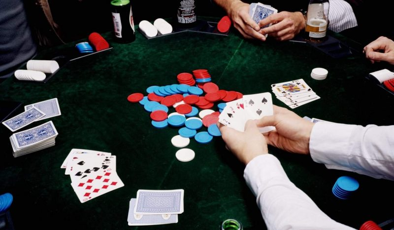 CAD Online Casinos and Benefits